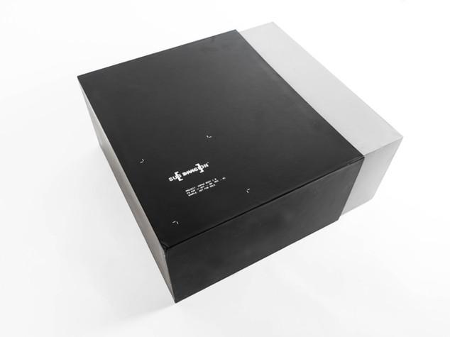 Asymmetrical Box Side