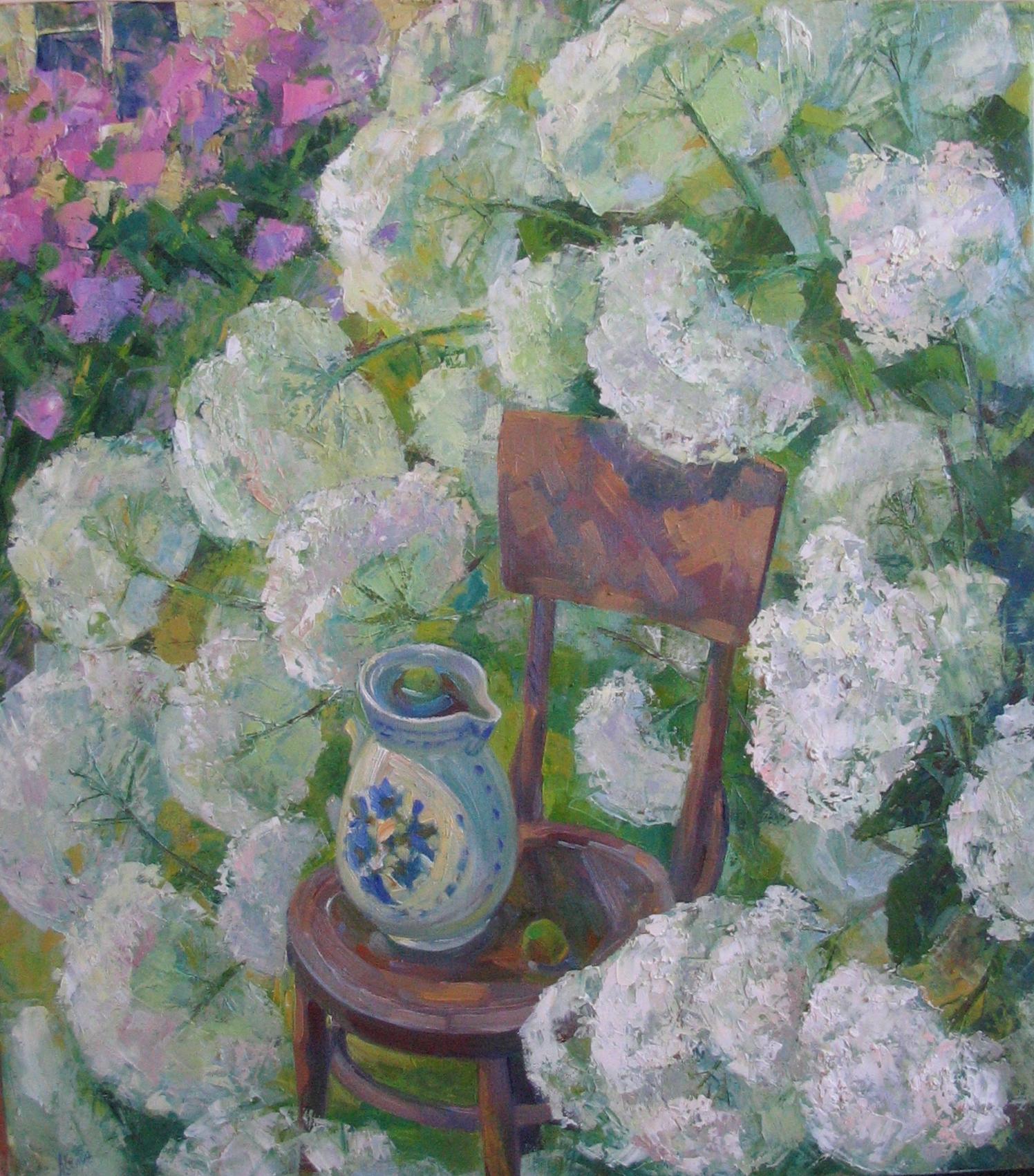 Гортензия цветёт