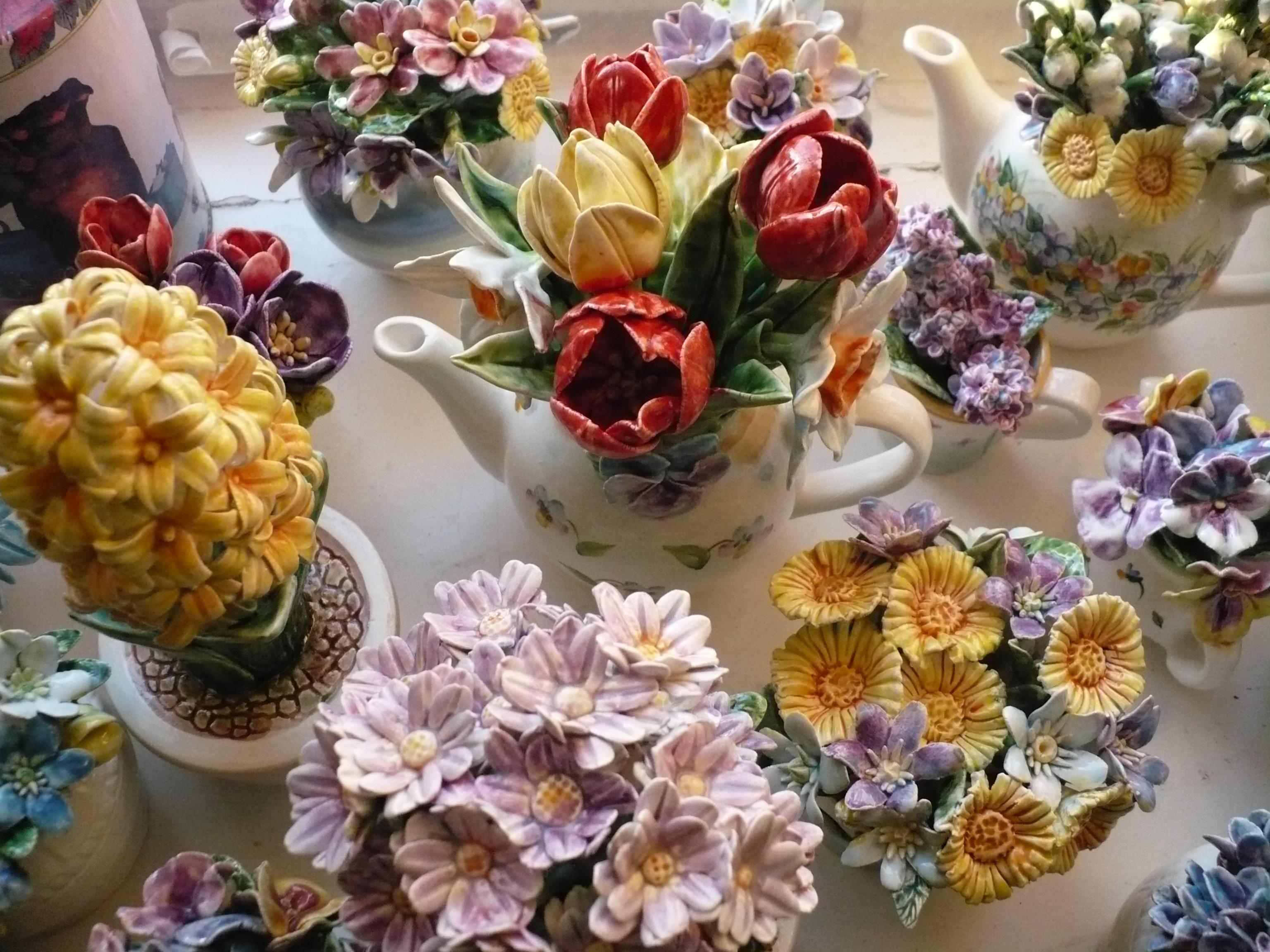 Цветы фаянс