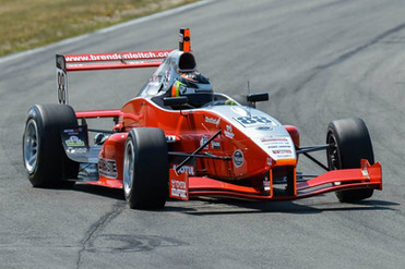 Brendon Leitch TRS FT-40 Race prep