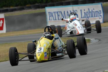 Brendon Leitch 1994 Van Diemen Stealth Race prep