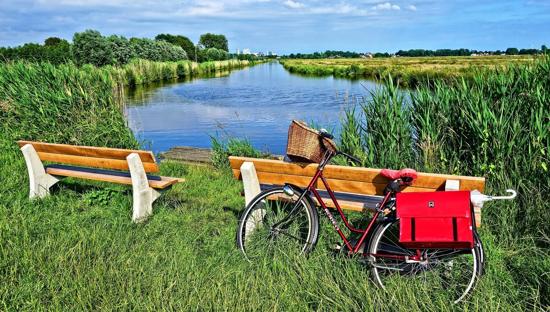 Dutch bicycle canal
