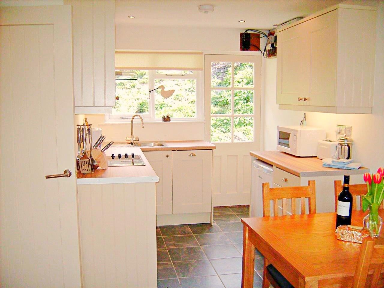 TR Kitchen.jpg