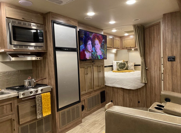 RV Rental Entregra Odyssey