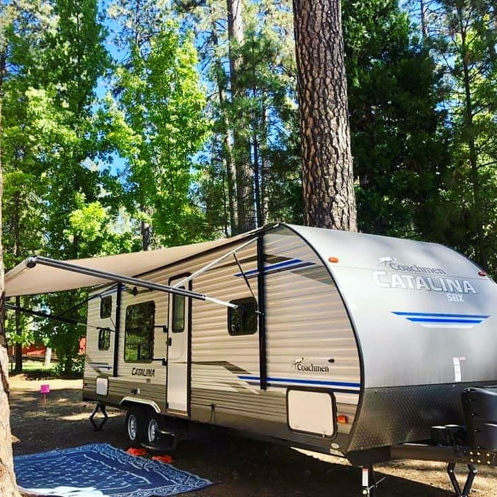 RV Rental Coachmen Catalina