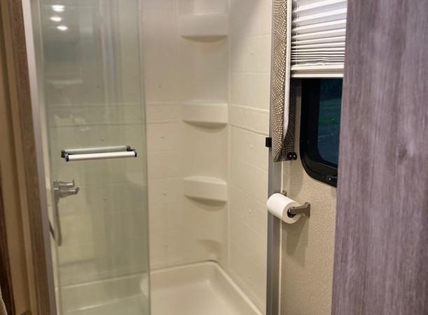 RV Rental Entregra Odyssey Bathroom