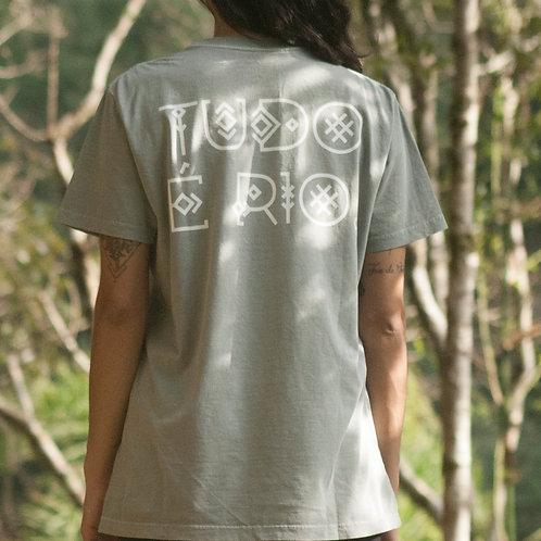 Camiseta Tudo É Rio - cor cinza