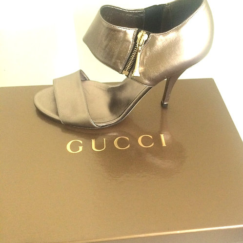 "Gucci ""Sasso"" Metallic Nappa Silk Pump size 37.5"