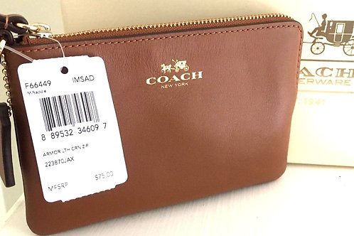 Coach corner zip wristlet in leather