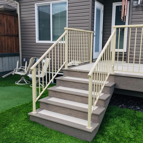 Picture frame deck stairs