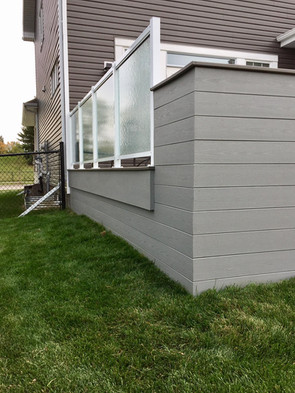 Side view of deck skirting