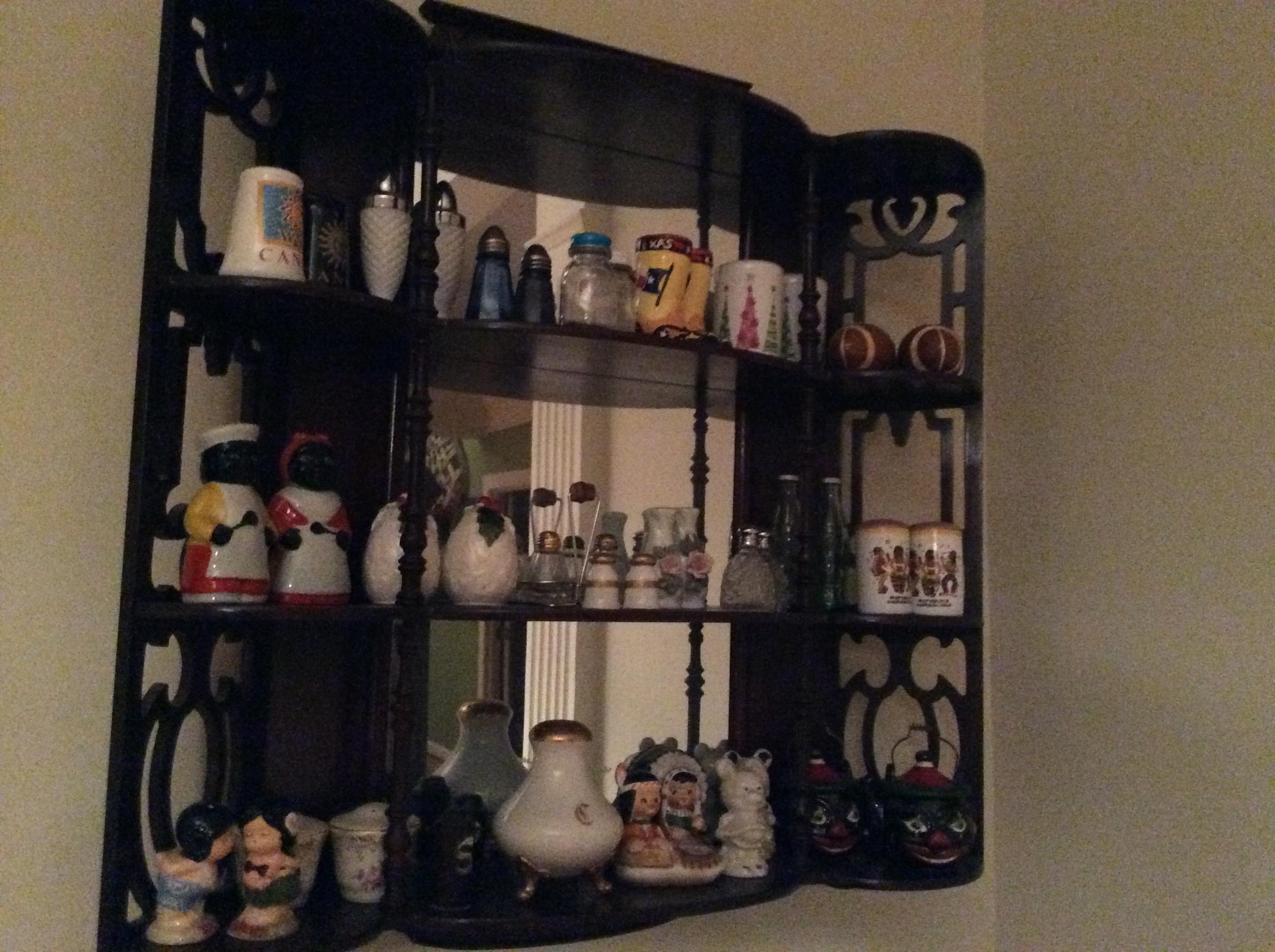 Curio shelf w/ salt & pepper shakers