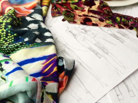 Skizzen, Stoffe, Ideen - alles fliesst!