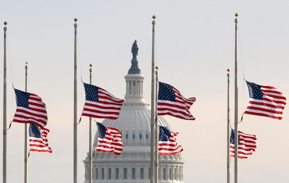 bandeira meio mastro memorial day