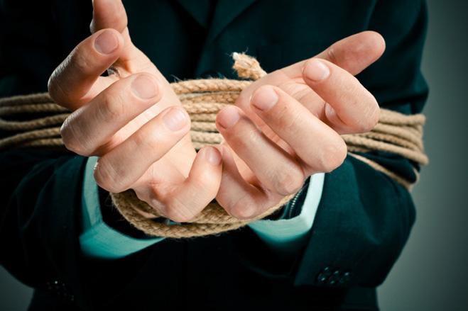 hands tied idiom