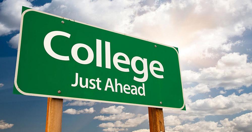 como entrar na faculdade nos Estados Unidos