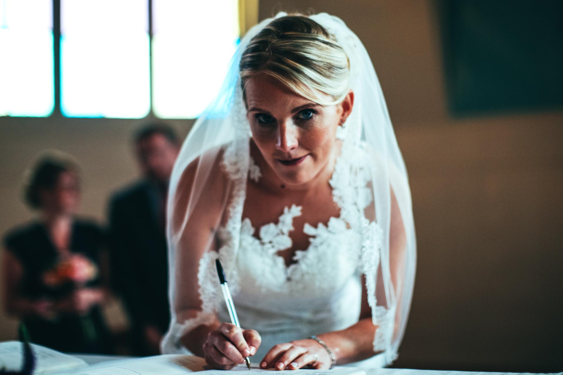 La signature des mariés.
