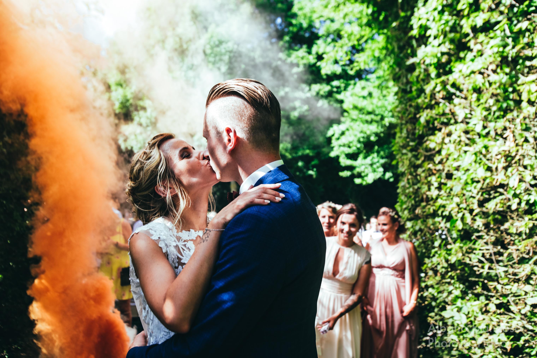 mariage haut en couleurs