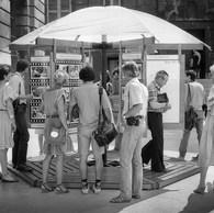 Le Parasol-Photo, place de la République, 1982