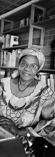 Clémentine Faïk-Nzuji Madiya  Professeure émérite Langues et Cultures d'Afrique noire  « Il est urgent que dans les universités africaines, les enseignants et chercheurs mettent au point des méthodes adéquates pour restituer les données culturelles africaines dans leur contexte réel, où tout est relié dans une vision globale. »