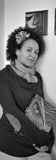 Isabelle M'Bore Architecte  « Excusez-moi mais aujourd'hui, la couleur n'a plus de frontière. Ça veut dire qu'on peut être belge ici et être complètement noir en fait, et, ne rien connaître du continent africain d'ailleurs. »