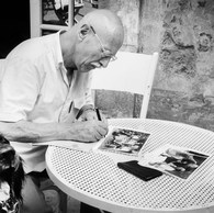 Willy Ronis à l'hôtel Arlatan, 1982
