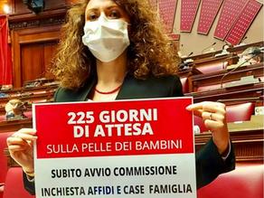 Non decolla la Commissione Parlamentare sugli affidi e case famiglia! Ne parliamo con l'On. Bellucci