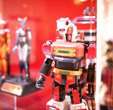 Visitabili fino al 26 febbraio, gli esperimenti di moda di Robotizzati