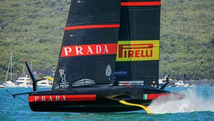 Vela: Luna Rossa vince ancora e vola in finale