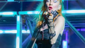 H.E.R.: il videoclip del nuovo singolo della violinista elettro-pop