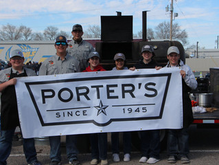 Porter's Friends Take On Their First BBQ Competition