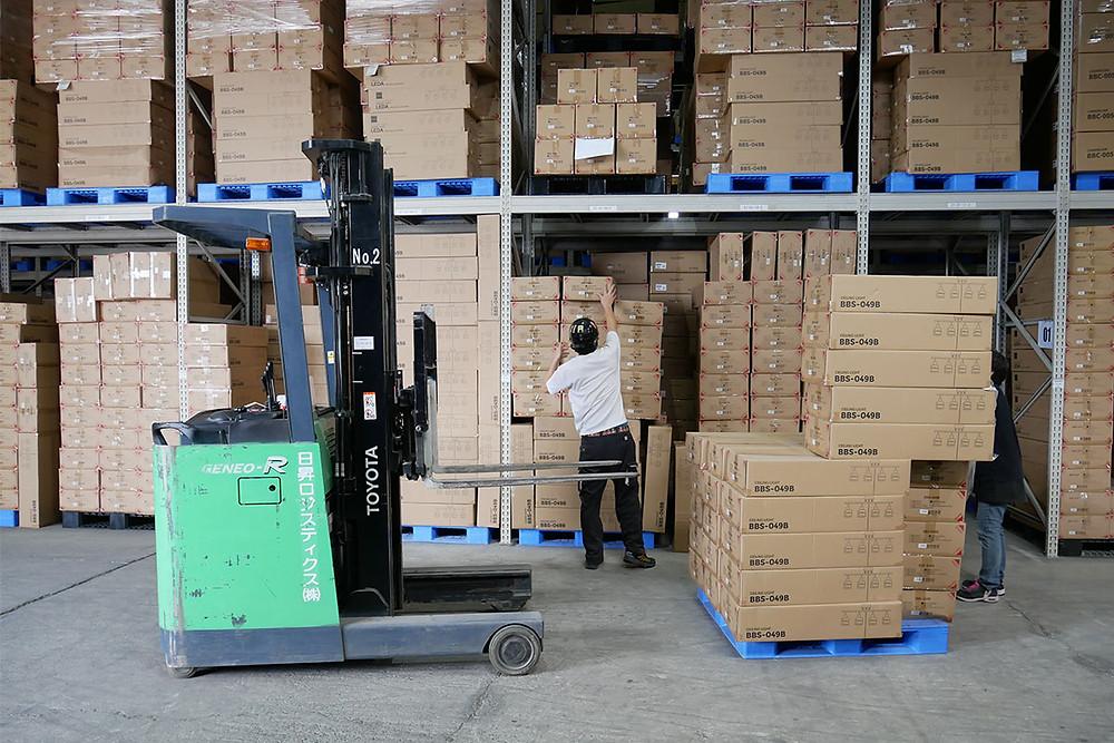 出荷量の多いオリジナル照明の在庫
