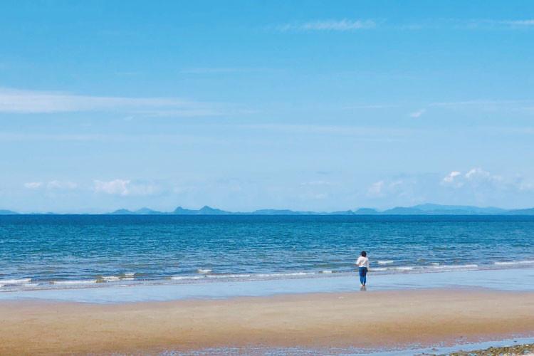 自然豊かな海でランチ