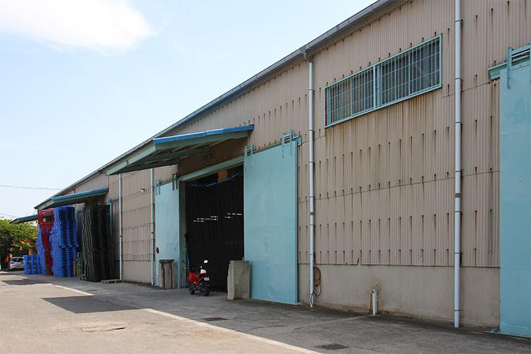 株式会社日昇 物流倉庫の外観