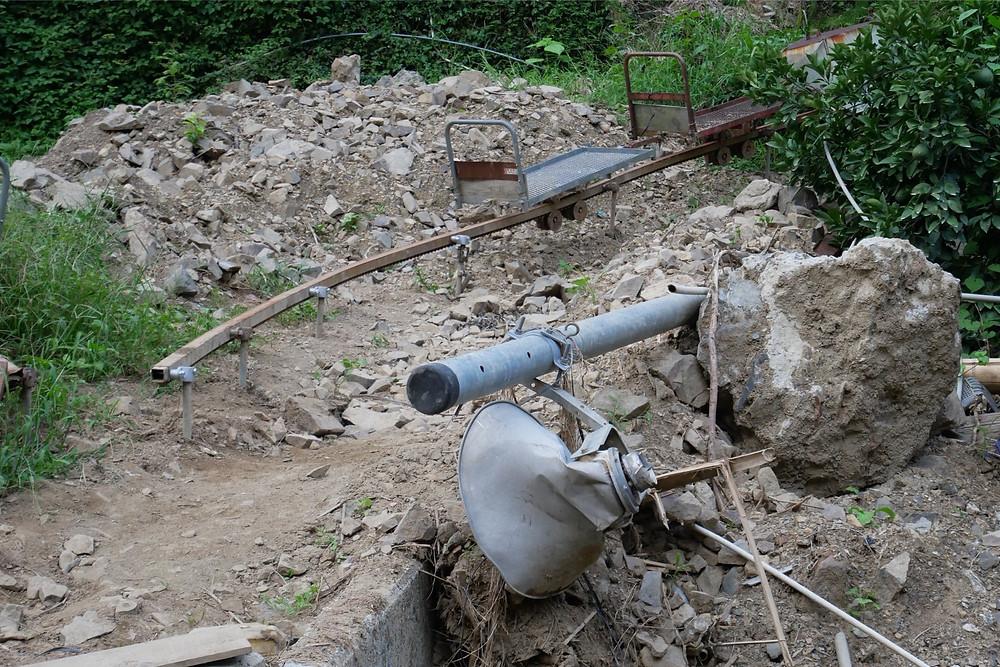西日本豪雨災害で壊れてしまったモノラック