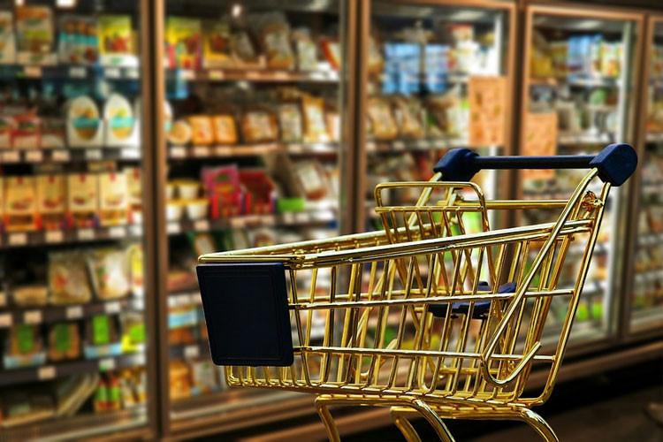 スーパーやコンビニでお弁当・惣菜を購入