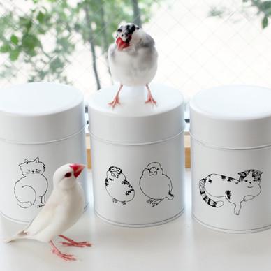 実在の動物たちがモデルになったアイテムを発売。商品撮影の裏側をリポート