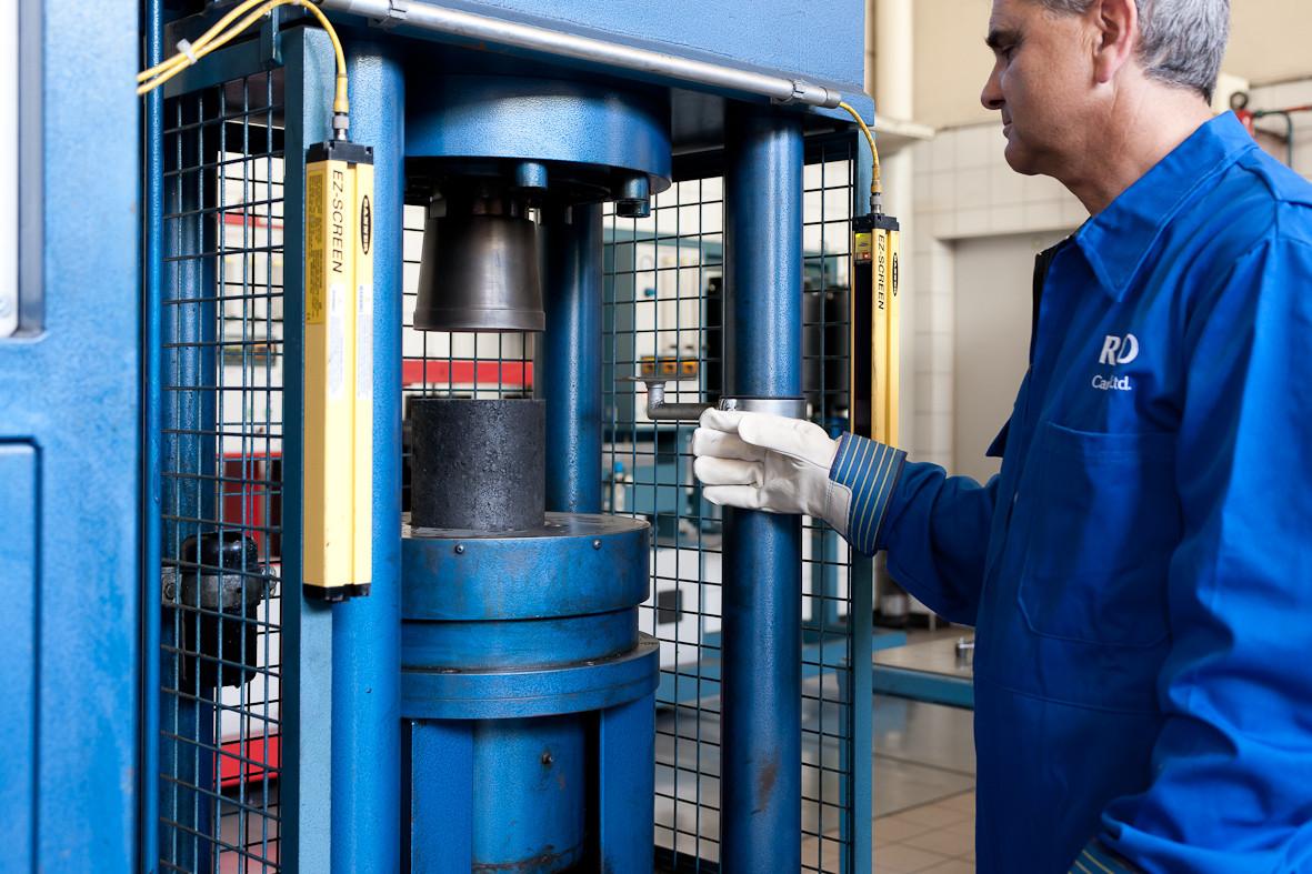 Pilot Electrode Press