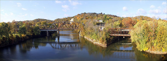 panarama pic of Frankfort.jpg