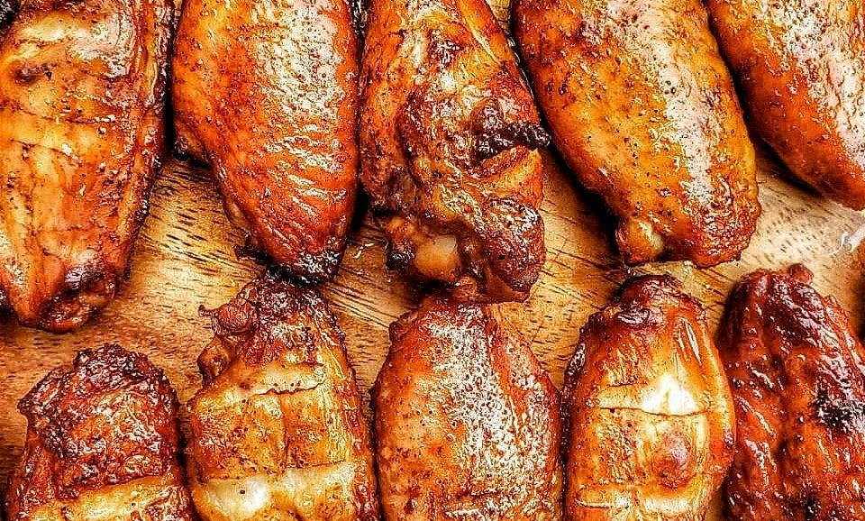 Smoked Chicken Wings (6 alitas)