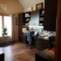 Work from home_  Custom Home Office, des