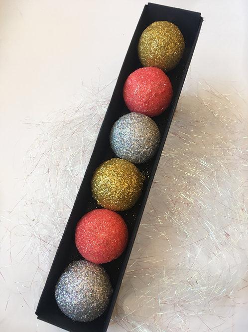 Glitter Fizzing Butter Balls