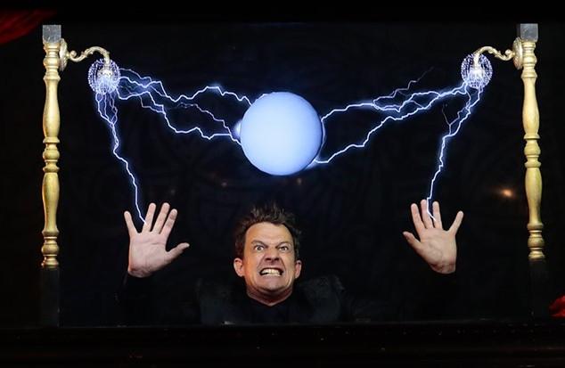 docteur mozz hologram show mozzbox 2.jpg