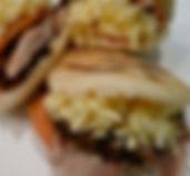 comida venezolana en chile, sabores del mundo, arepas, carne mechada, reina pepiada, asado negro, pernil