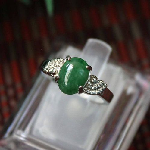 1.4 ct. Perfect Green Jadeite Jade (Grade A) Gemstone Set in a 92.5% Silver Ring