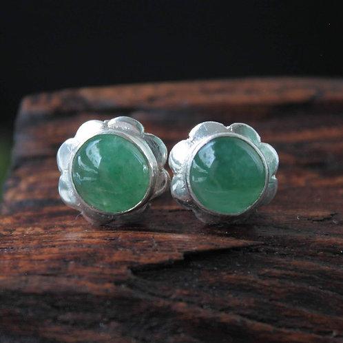 Stunning Handmade, Traditional Floral Designed, Green Jadeite Jade (Grade A)