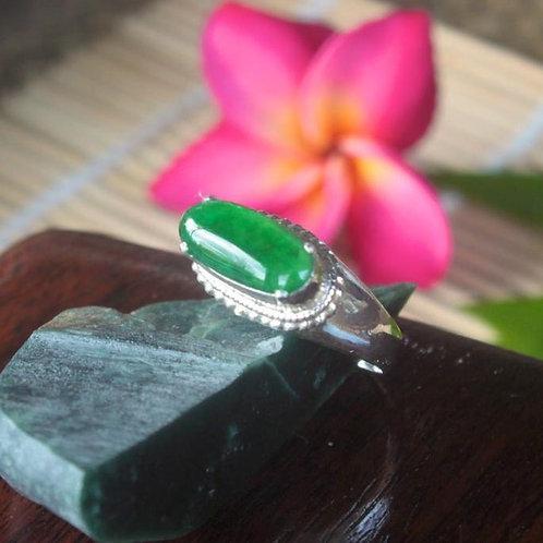 Imperial Class, Rare 2.4 ct. Translucent Imperial Green, Jadeite Jade (Grade A)