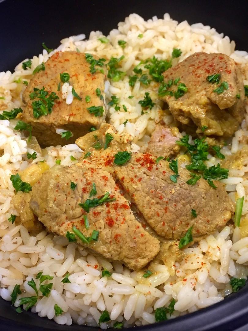Sauté de porc au curry et lait de coco