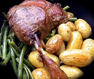 confit de cuisse de canard pommes de terre grenaille, haricot verts.jpg