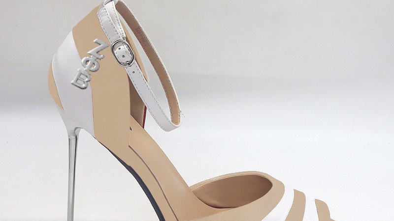 ΖΦΒ Beige/White Genuine Leather 5in heels with silver buckle